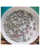 150 шт. Серебро цвет. Бусинки круглые с огранкой стеклярус. 4 мм. № 13