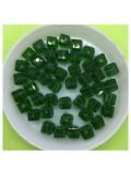 № 50. 70 шт. Зеленый цвет. Бусинки кубики. № 9