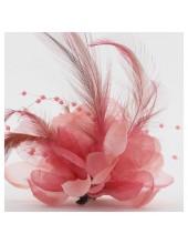 ОО-1. Персик цвет. Заколки с перьями птиц и броши