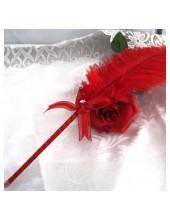 А-3. 1 шт. Красный цвет. Ручка из пера страуса