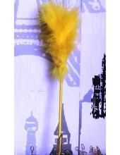 С-3. 1 шт. Желтый цвет. Ручка из перьев боа