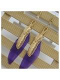 158. Фиолетовый цвет. Серьги с перьями