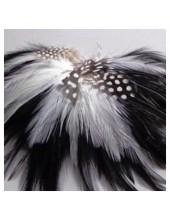 1 шт. Черный цвет. Брошь из перьев птиц
