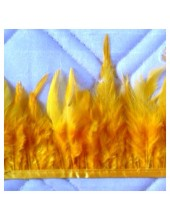 1 м. Желтый цвет. Тесьма. Перья петуха на ленте 6-11 см