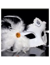 А-1. Маски для праздника с перьями