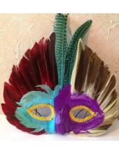 С-6. Маски для праздника с перьями