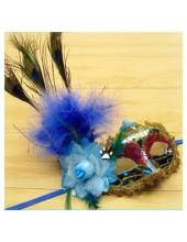 Р-4. Маски для праздника с перьями