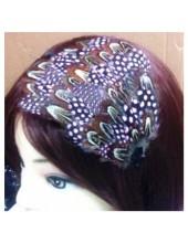 7723. Розово-серый цвет. Ободки для волос с перьями птиц