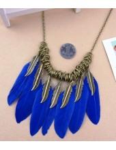 0919. Синий цвет.  Подвеска с перьями птиц