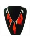 0937. Красный цвет. Подвеска из перьев птиц