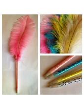 Д-2. Розовый цвет. Ручка с пером страуса