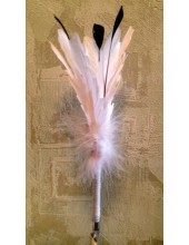 У-1. 1 шт. Белый цвет. Ручка из перьев