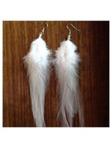 Серьги из перьев птиц