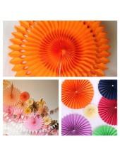 1 шт. Оранжевый цвет. Веер ажурный. Размер 30 см.