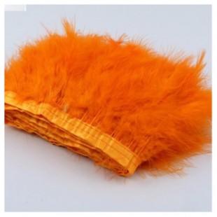 1 м. Оранжевый цвет. Тесьма из перьев боа. Ширина 12-15 см.