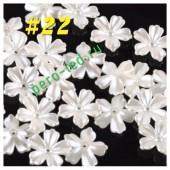 Белый цвет. Цветочек жемчужный 30 х 30 мм. Пришивной 1 шт    #22