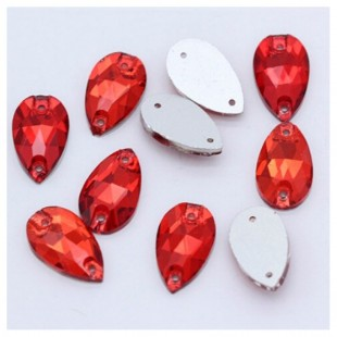 Красный цвет. Стразы стекло 25*15.  1 шт.  Navette #17