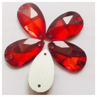 Красный цвет. Стразы стекло 25*15.  1 шт.  Navette #18