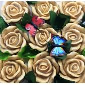 9 Роз в подарочной коробочке. Бежевый цвет.