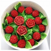 15 роз. Красный цвет. Цветная коробка. 25 х 12. Большая коробка