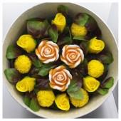 15 роз. Желтый цвет. Цветная коробка. 25 х 12. Большая коробка