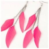 19. Розовый цвет. Серьги с перьями