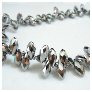 Серебро цвет. Каплевидные с гранями бусинки  6*12.  20 шт.  #11  #045