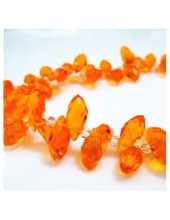 Оранжевый цвет. Каплевидные с гранями бусинки  6*12.  20 шт.  #14  #045