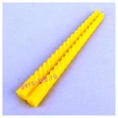2шт. Желтый цвет. Свеча классическая витая.  2см х 2см х 25 см