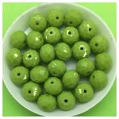 10 мм. 70 шт. Зеленый матовый цвет. Бусинки круглые с огранкой стеклярус № 31