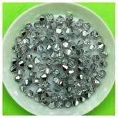 4 мм. 100 шт. Серебро полупрозрачное цвет. Бусинки ромбы № 4