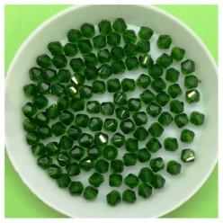4 мм. 100 шт. Зеленый прозрачный цвет. Бусинки ромбы № 24
