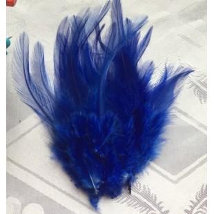 20 шт. Синий цвет. Перья петуха 5-10 см. Цветные перья