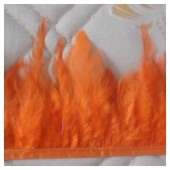 1 м. Оранжевый цвет. Тесьма из перьев 6-11 см