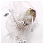 КК-1. Белый цвет. Заколки с перьями птиц и броши