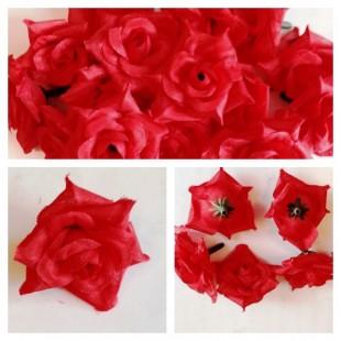 Красный цвет. Розы головки 4 см.