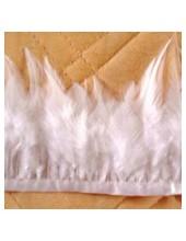 1 м. Белый цвет. Тесьма. Перья петуха на ленте 6-11 см