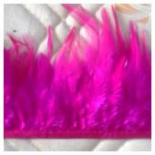 1 м. Фуксия цвет. Тесьма. Перья петуха на ленте 6-11 см