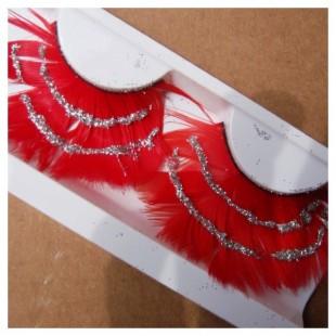 Ресницы из перьев птицы