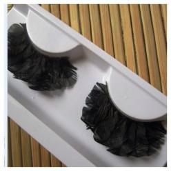 Ф-42. Черный цвет. Ресницы из перьев птиц