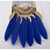 0917. Синий цвет. Подвеска из перьев птиц