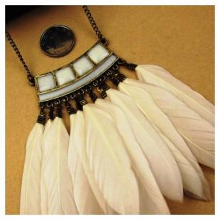 Подвески из перьев птиц