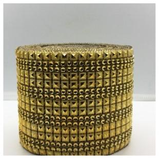 1 м. Золото цвет. Металлическая тесьма 11 см. Кубики.  НА-1